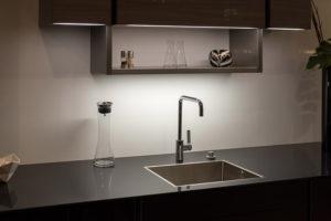 """Linear LED 120v 48"""" Dals 6048LED for under cabinet lighting"""