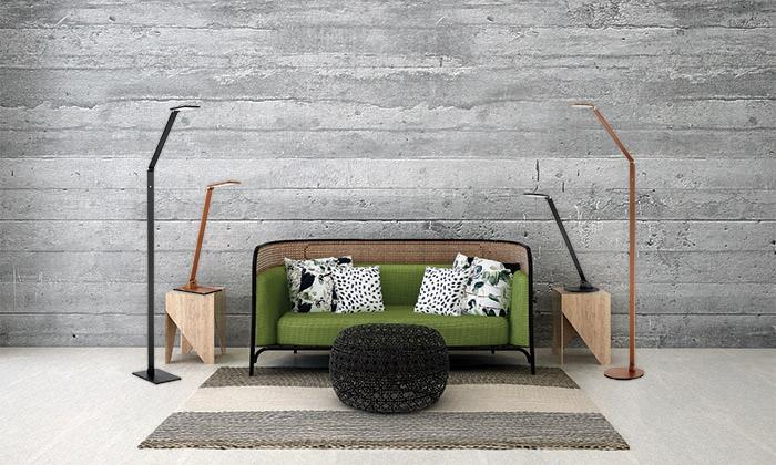 Lampe de plancher moderne RECO Kendal fl8449-al dans le salon près du divan